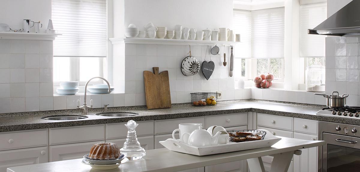 plissegardiner køkkenet