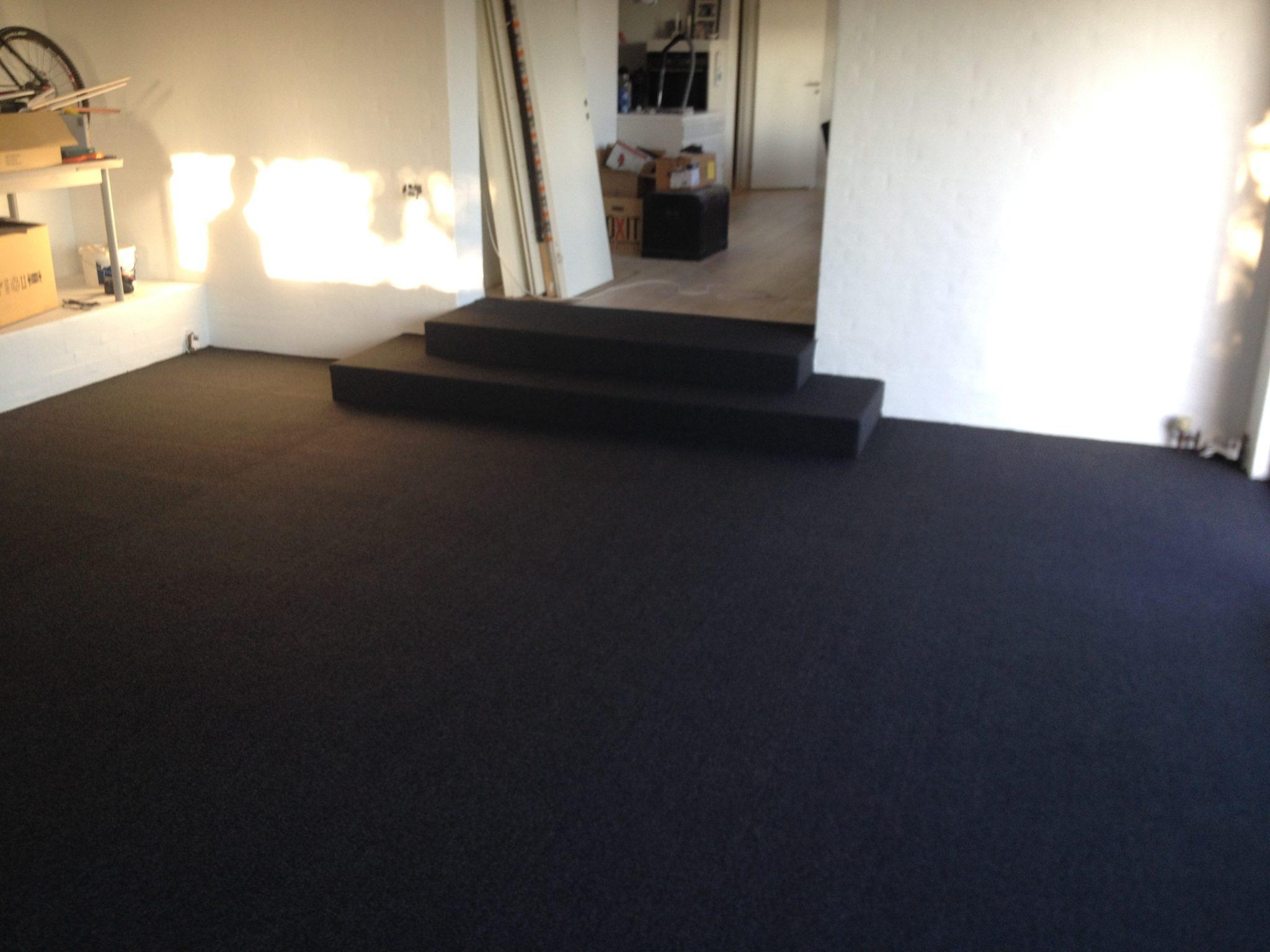 billigt gulvtæppe væg til væg